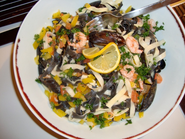 Simple, Delicious, Impressive-Pasta with Mussels